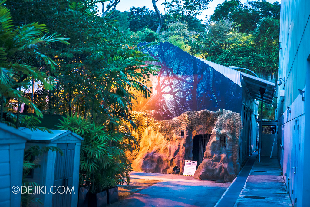 Universal Studios Singapore Park Update August 2017 - HHN7 Halloween Horror Nights 7 construction for HEX haunted house