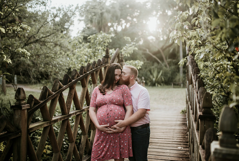 Kyle and Liz - Maternity Session