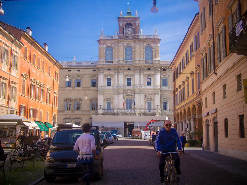 street scene 2.jpg