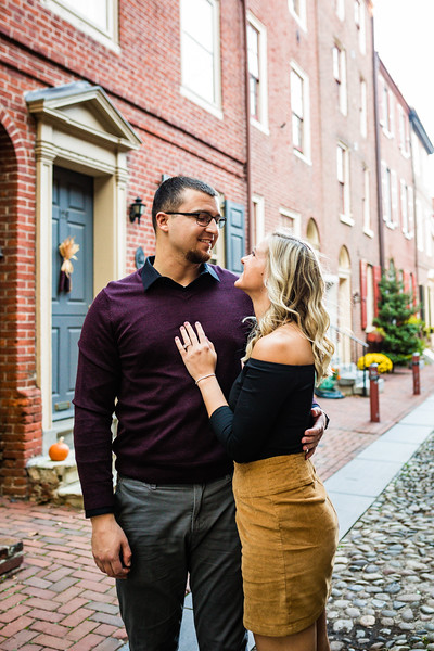 MICHELLE AND NICK - OLD CITY ENGAGEMENT SESSION - 3.jpg