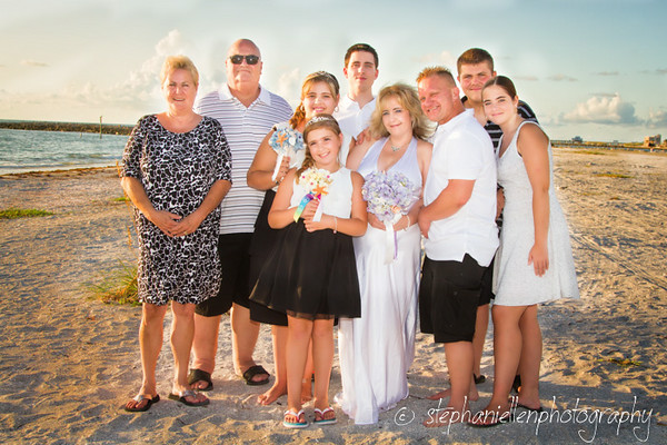 20140819beachwedding_clearwater_Tampa_Stephaniellenphotography.com-_MG_0099-Edit.jpg