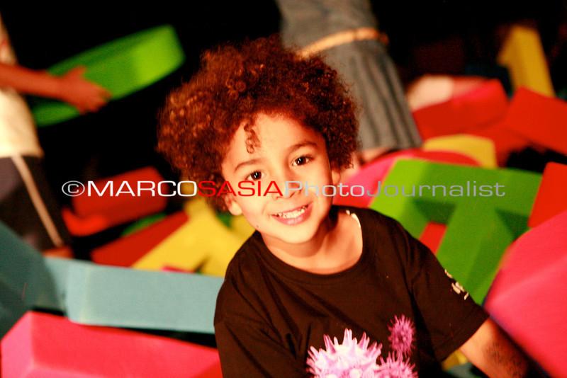 0283-zooart-01-2012.jpg