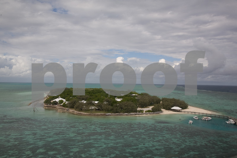 Great Barrier Reef Inhabited Island
