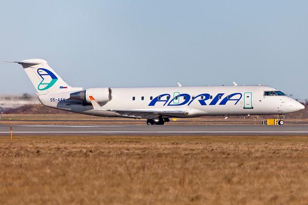 S5-AAH - Bombardier CRJ-100