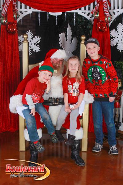 Santa 12-10-16-126.jpg