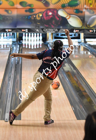 2019-12-12 SHA Girls Bowling vs St Francis