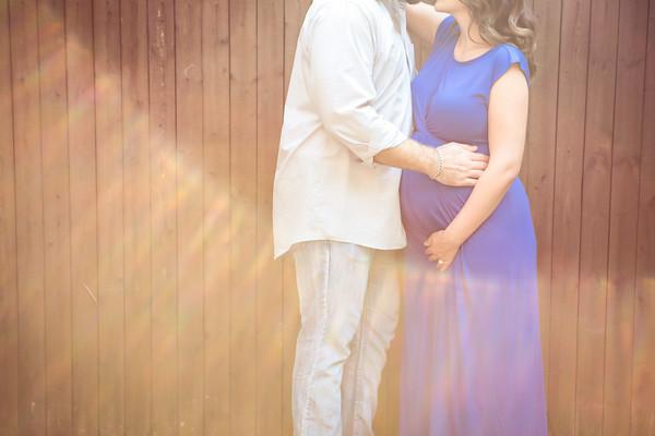 Caitlin Maternity Portraits