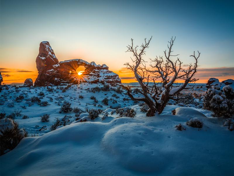 Winter Sunset Symphony: Arches National Park Fuji GFX100 Elliot McGucken Medium Format Fine Art Landscape Nature Photography