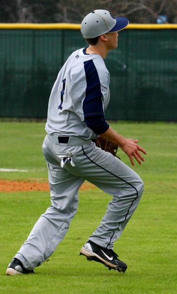 \\hcadmin\d$\Faculty\Home\slyons\HC Photo Folders\HC Baseball vs Ehret_2_4_12\SEL 143.JPG