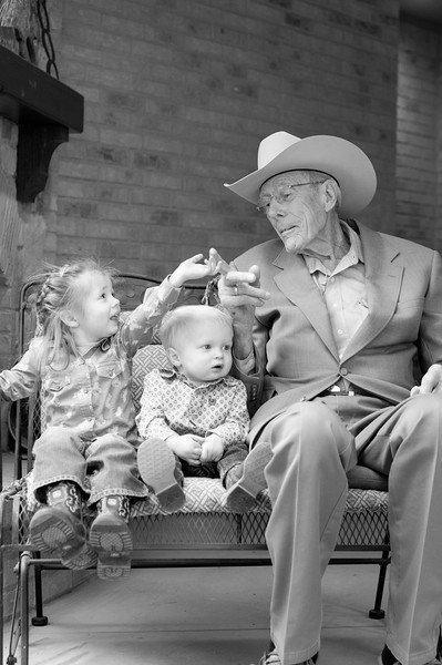 Brown Family Portraits-128-2.jpg