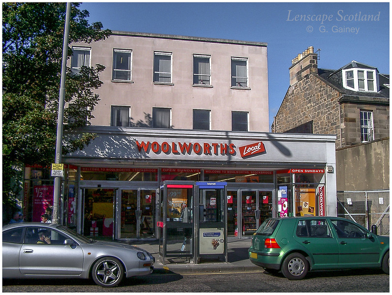 Woolworths, Raeburn Place, Stockbridge  (2004)