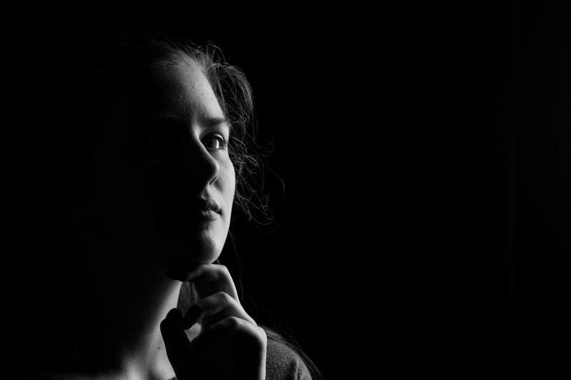 rayna-portrait.jpg