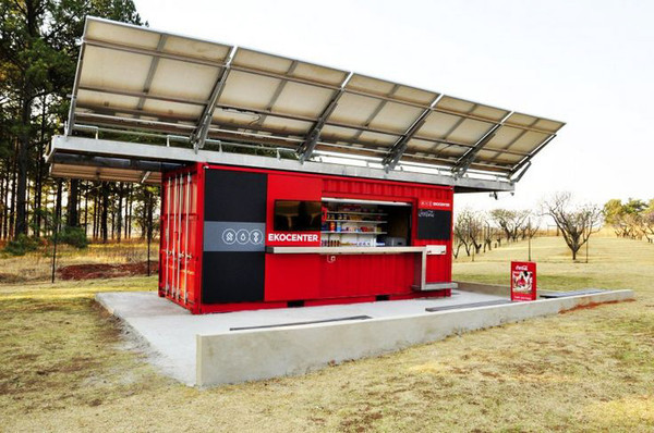 coca-cola_EKOCENTER_water_purification_shipping_container_-_designboom__architecture__amp_design_magazine.jpg