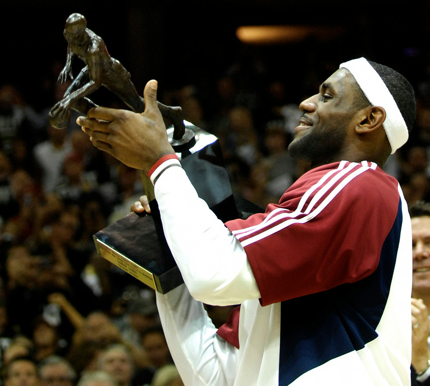 . Jeff Forman/JForman@News-Herald.com Lebron James accepts the NBA MVP award before game one of the eastern conference semifinal Tuesday at Quicken Loans Arena.