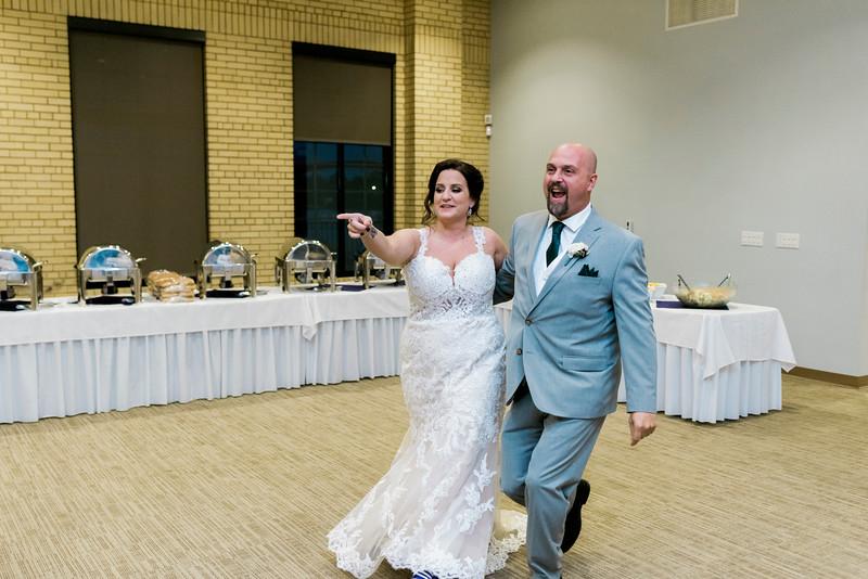 chateau-on-the-river-trenton-michigan-wedding-0335.jpg