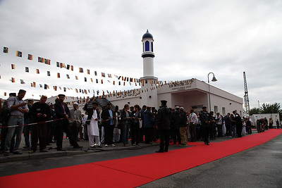 Khalifa of Islam Germany Tour 2013