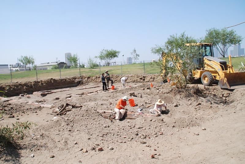 2010-07-02_LASHP_Archeology_17.JPG