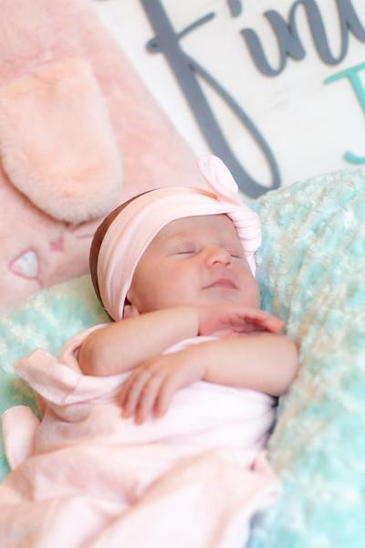 ALoraePhotography_BabyFinley_20200120_056.jpg