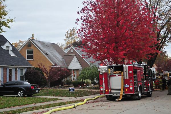 10/29/08 DEARBORN, MI. WORKING FIRE 3416 CORNELL ST.