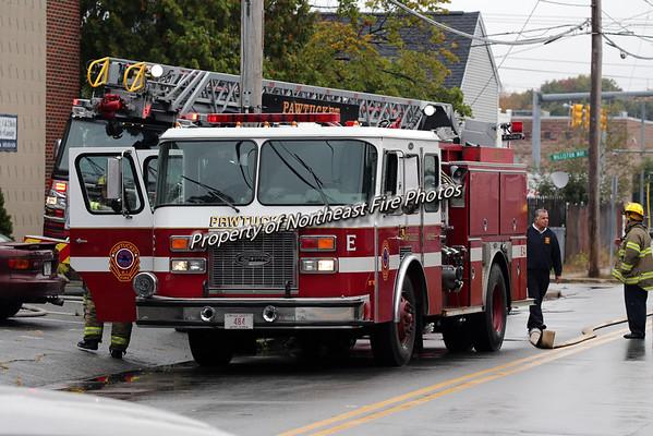Pawtucket- W/F Beverage Hill Avenue-10/13/15