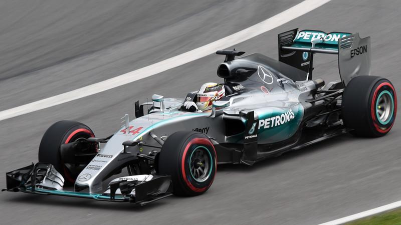 Lewis Hamilton Mercedes 01.jpg