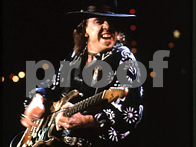 art-piece-honoring-stevie-ray-and-jimmie-vaughan-planned-in-dallas