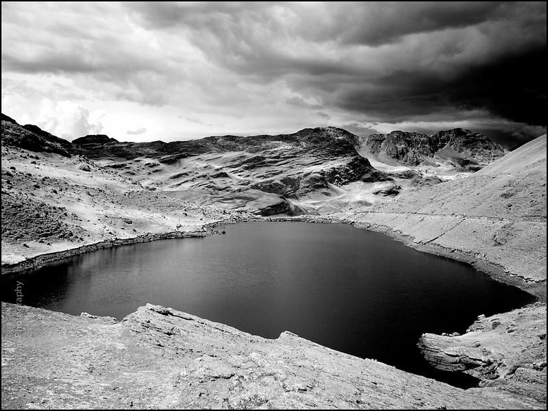 Bol_Mt_Tunari_Reservoir.jpg