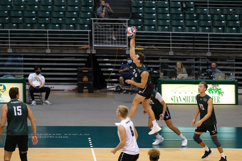 Easy Sweep For Hawaii On Night Two Against UCSD