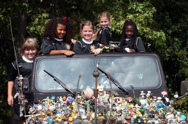 Oct '07- Soccer Sugar Hill: Nikki & Ms. Olivia