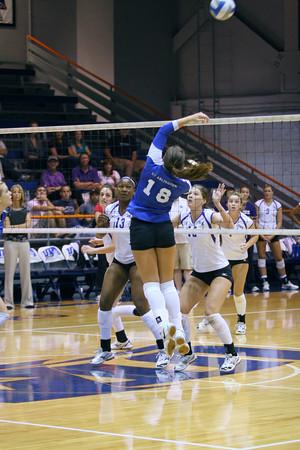 UTA Volleyball vs SFA - 2009