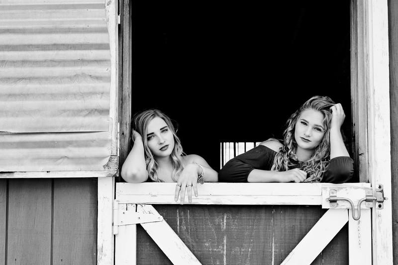 Senior Photos-Lexxie and Courtney