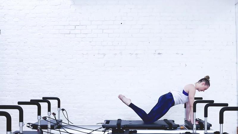 Erin - Ab Roller.mp4