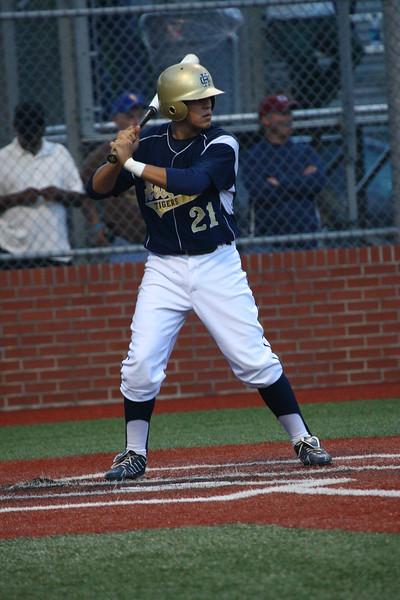 \\hcadmin\d$\Faculty\Home\slyons\HC Photo Folders\HC Baseball_State Playoffs_2012\20120513_106.JPG
