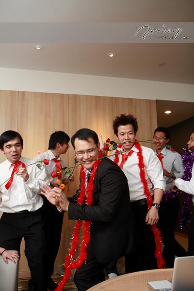 Siang Loong & Siew Leng Wedding_2009-09-25_0373.jpg