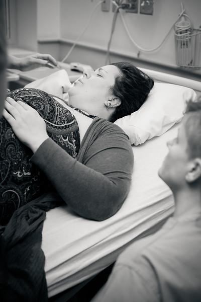 Alana, Blair and baby Logan BIRTH-39.jpg