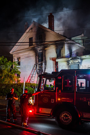 Methuen, MA 2nd Alarm - 304 Broadway - 8/16/17