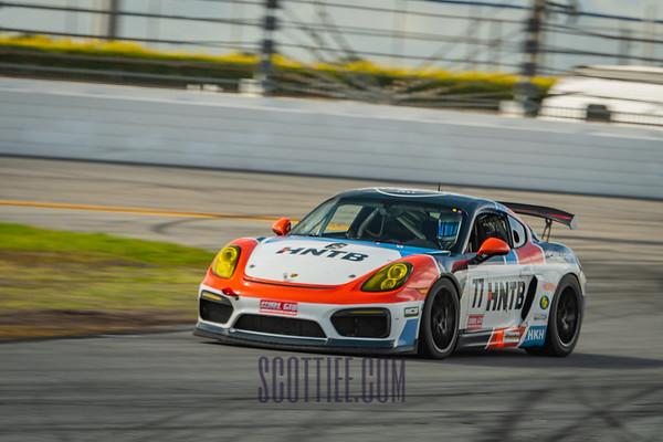 Porsche 77