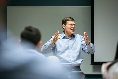 Mike Morell visits public policy class