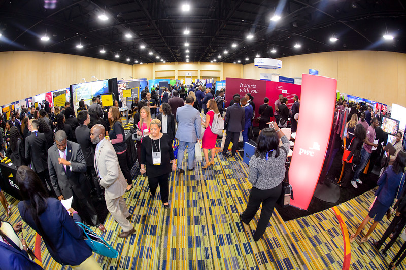 Career Expo & Networking Lounge - 047.jpg