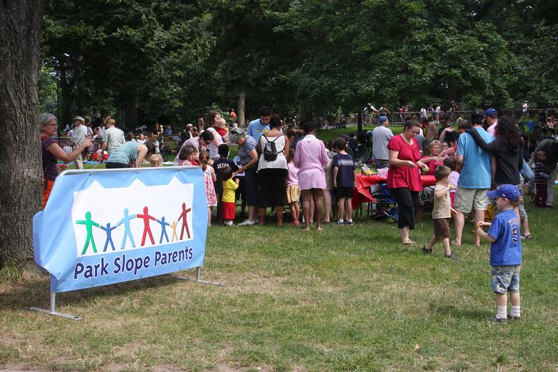 09.07.11 TMBG Celebrate Brooklyn PSPf-07-11.jpg