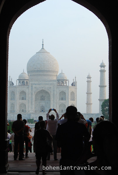 First view of Taj Mahal.jpg