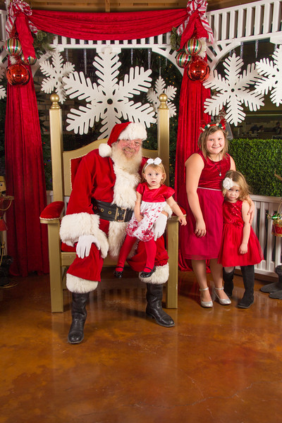 Santa 12-16-17-98.jpg