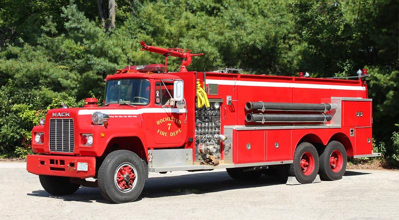 Retired   Engine 7   1986 Mack R / 3D   1000 / 3000