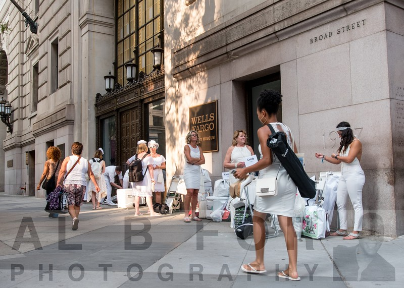 Aug 16, 2018 7th Dîner en Blanc - the annual al fresco pop-up party #1/half