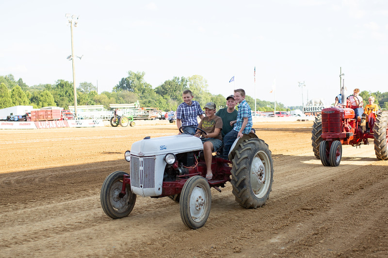 Antique Tractor Parade-68.jpg