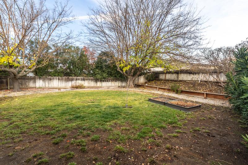 1728 Westfield 25 Backyard.jpg