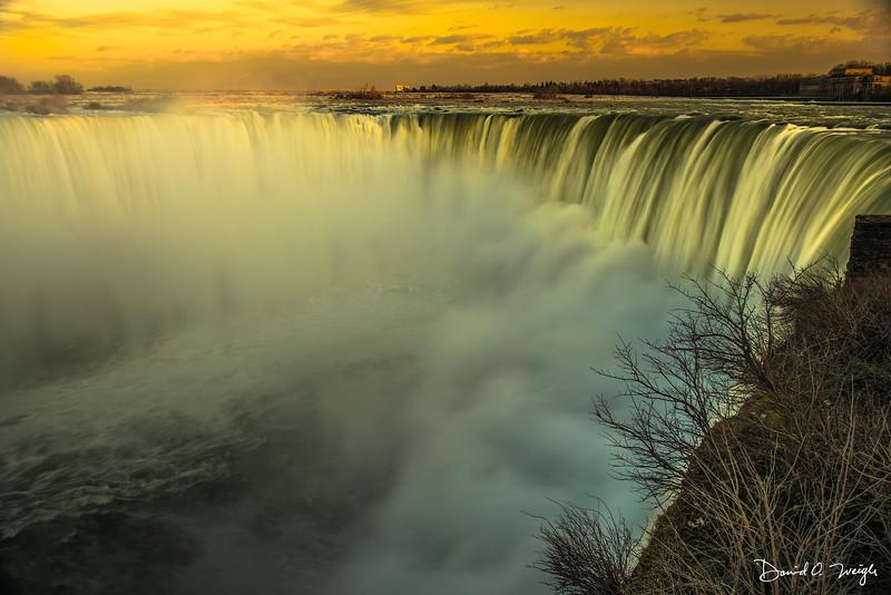 Niagara Falls Sunset #3.jpg