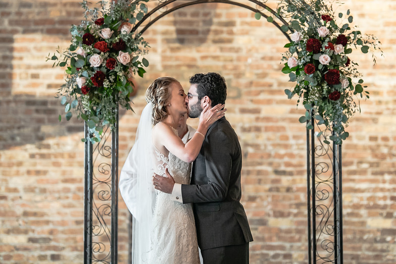 Shayla_Henry_Wedding_Starline_Factory_and_Events_Harvard_Illinois_October_13_2018-237.jpg