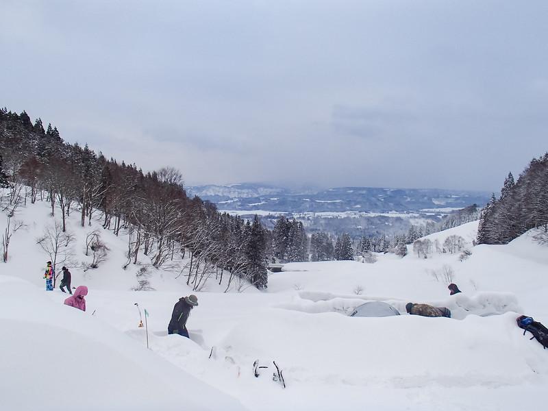 Grade 10 Expedition-Niigata Snow-P1010245-2018-19.jpg