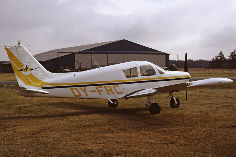 OY-FRC-PiperPA-28-140CherokeeF-Private-EKBI-1991-03-14-DF-31-KBVPCollection.jpg